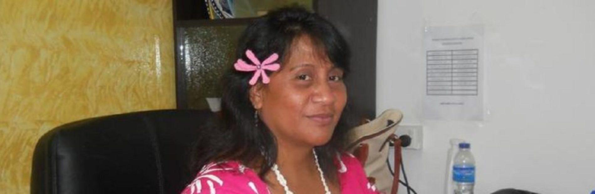 Kiribati-Speaker1